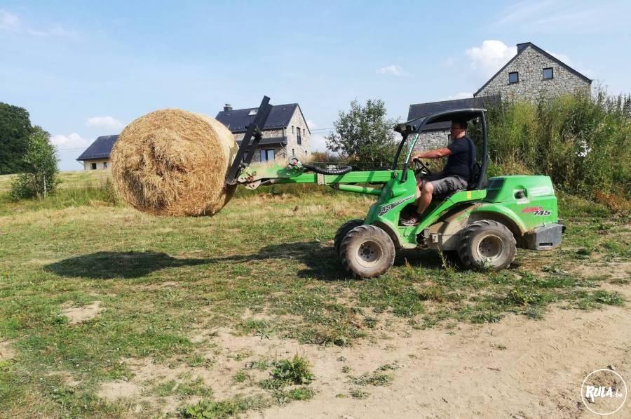 chargeur articulé Avant 745 farmer