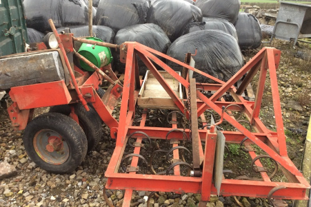 4 ROUES / AUTODIRECTIONNEL / ATTELAGE RELEVAGE AVA