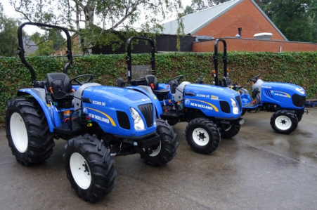 New Holland BOOMER 25 -35 -50