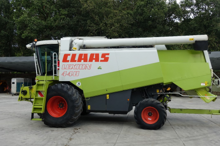 CLAAS Lexion 440 6.6m vario 1999
